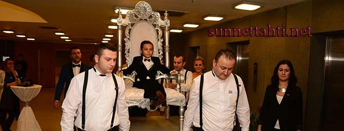 sünnet düğününde taht yeniçeriler