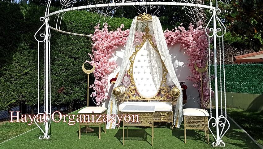 beyaz sünnet tahtı sünnet düğünü